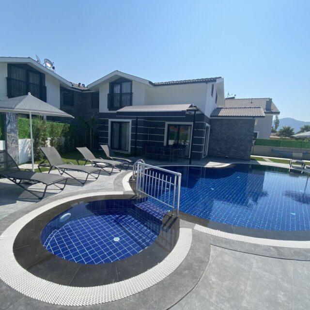 Villa Yigit (rightside)